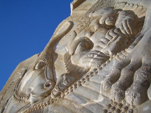 http://perse.persiangig.com/Image/Persepolis%20Relief_Aghaz%20e%20Sal%20e%20No.jpg